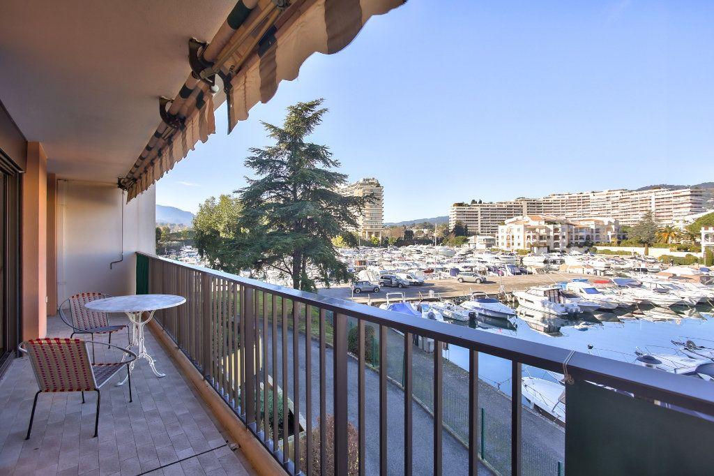 Appartement à vendre 2 57.24m2 à Mandelieu-la-Napoule vignette-5