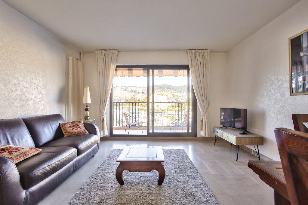 Appartement à vendre 2 57.24m2 à Mandelieu-la-Napoule vignette-6