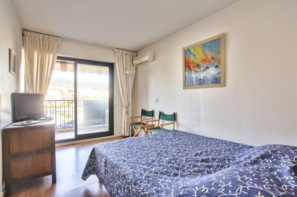 Appartement à vendre 2 57.24m2 à Mandelieu-la-Napoule vignette-9