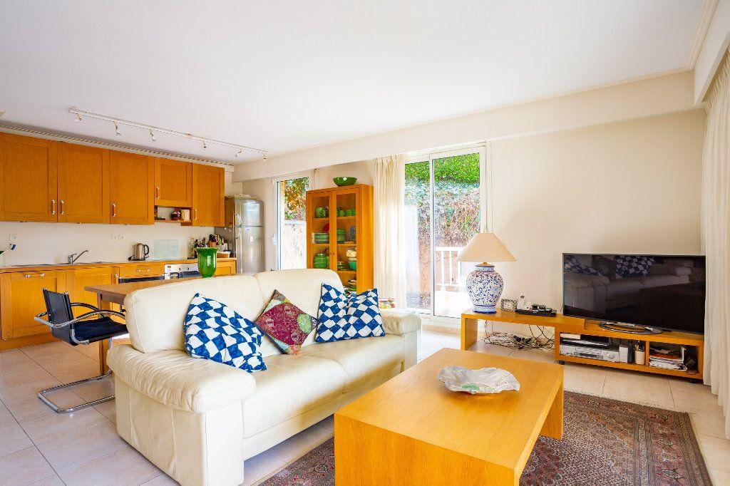 Appartement à vendre 4 100m2 à Mandelieu-la-Napoule vignette-8