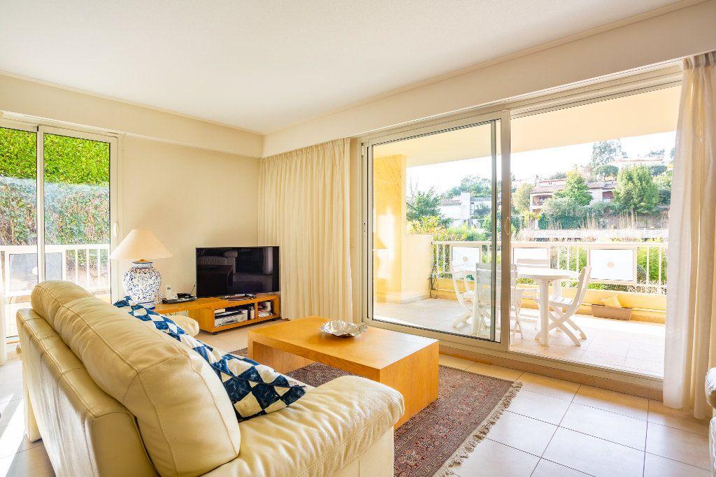 Appartement à vendre 4 100m2 à Mandelieu-la-Napoule vignette-9