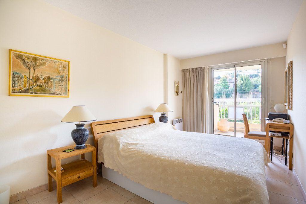 Appartement à vendre 4 100m2 à Mandelieu-la-Napoule vignette-12