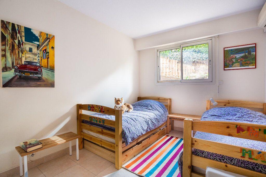 Appartement à vendre 4 100m2 à Mandelieu-la-Napoule vignette-14