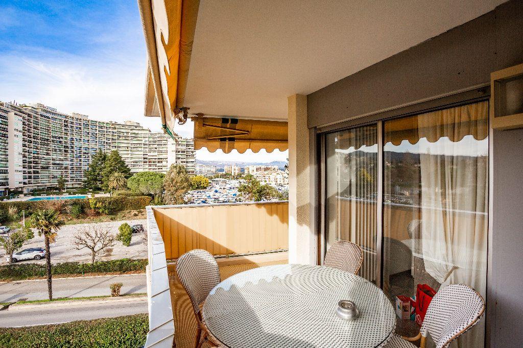 Appartement à vendre 2 61.5m2 à Mandelieu-la-Napoule vignette-4