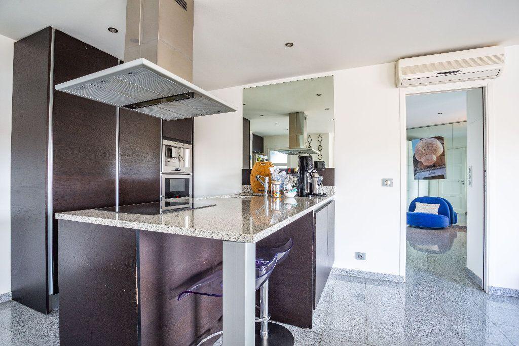 Appartement à vendre 2 61.5m2 à Mandelieu-la-Napoule vignette-6