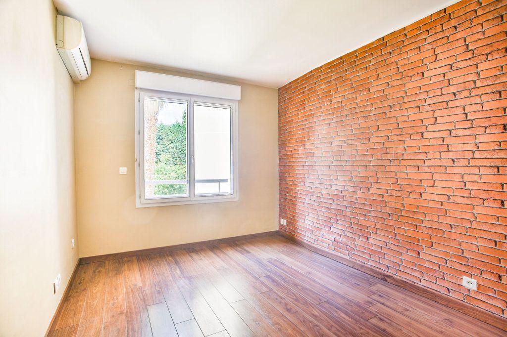 Appartement à louer 2 49.1m2 à Mandelieu-la-Napoule vignette-8