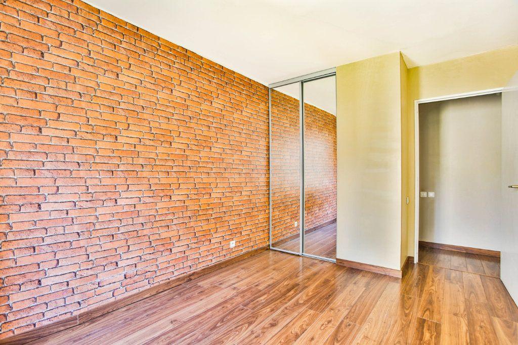 Appartement à louer 2 49.1m2 à Mandelieu-la-Napoule vignette-9