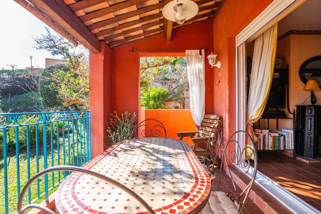Maison à vendre 3 51.06m2 à Théoule-sur-Mer vignette-5