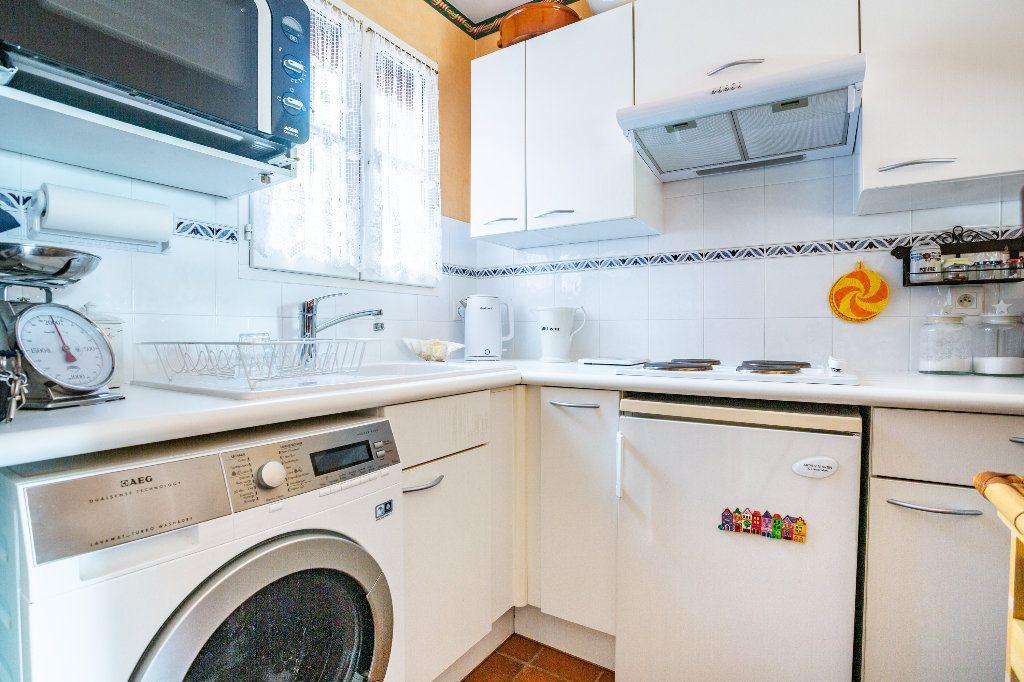 Maison à vendre 3 51.06m2 à Théoule-sur-Mer vignette-9