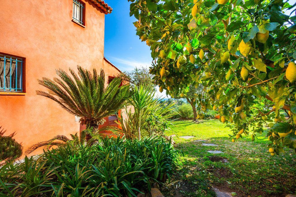 Maison à vendre 3 51.06m2 à Théoule-sur-Mer vignette-14