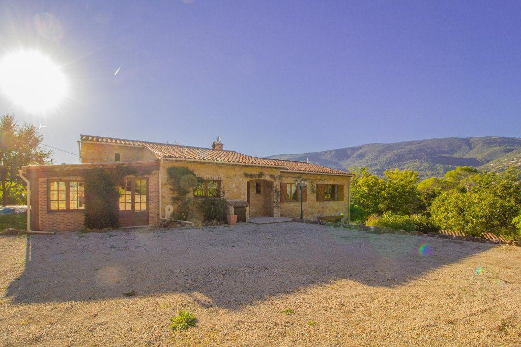 Maison à vendre 8 285m2 à Fayence vignette-4