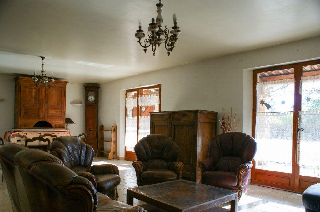 Maison à vendre 8 285m2 à Fayence vignette-11