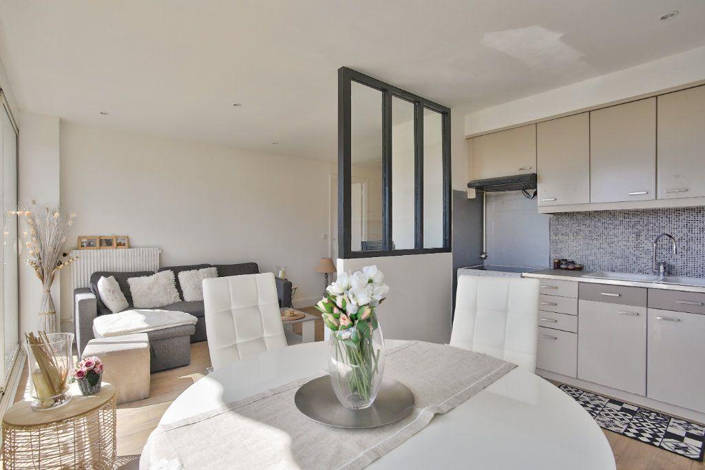 Appartement à louer 2 41.45m2 à Mandelieu-la-Napoule vignette-4