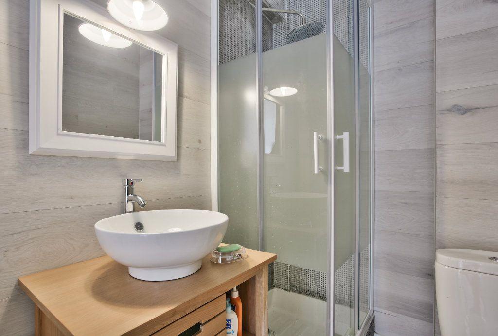 Appartement à louer 2 41.45m2 à Mandelieu-la-Napoule vignette-6