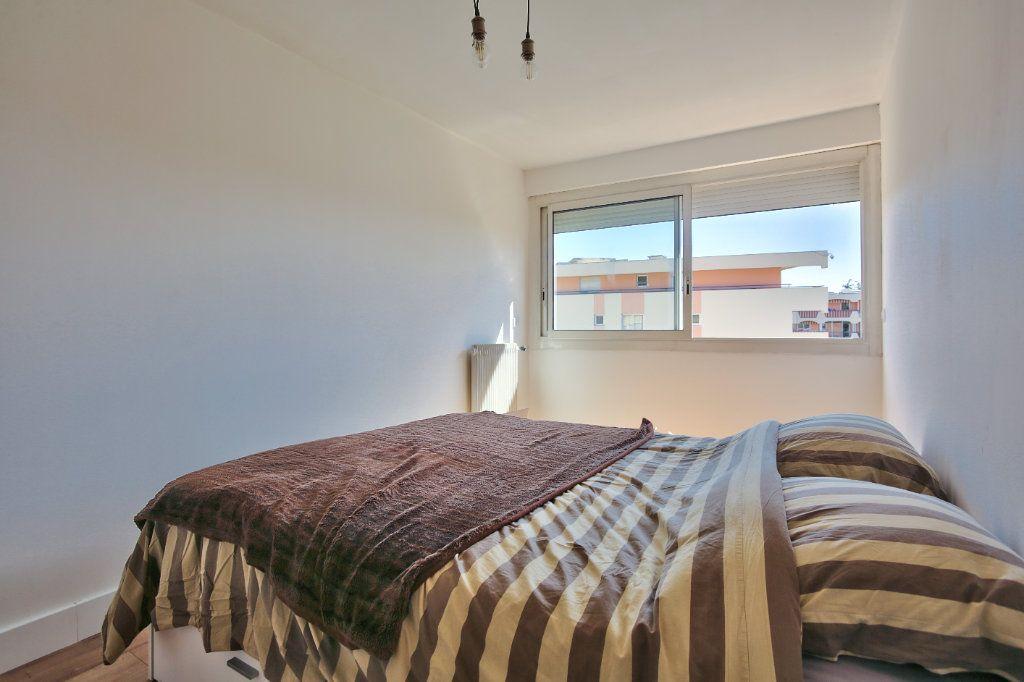 Appartement à louer 2 41.45m2 à Mandelieu-la-Napoule vignette-7