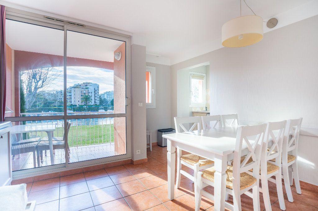 Appartement à vendre 2 39.75m2 à Mandelieu-la-Napoule vignette-5