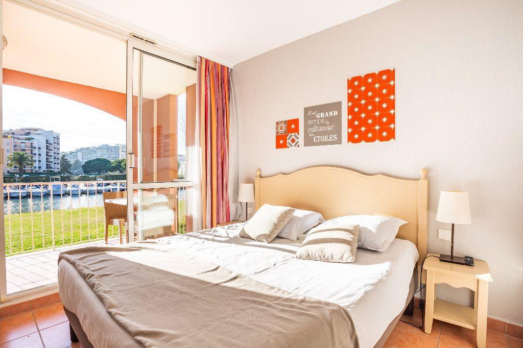 Appartement à vendre 2 39.75m2 à Mandelieu-la-Napoule vignette-8