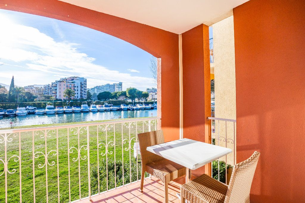 Appartement à vendre 2 39.75m2 à Mandelieu-la-Napoule vignette-10