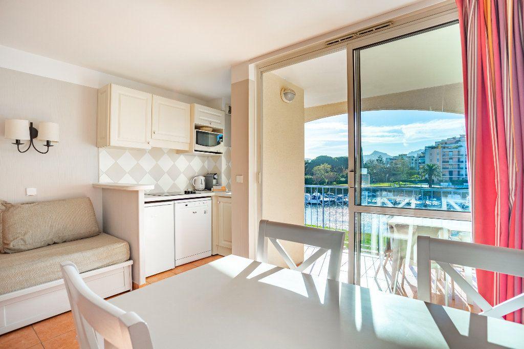 Appartement à vendre 2 32.38m2 à Mandelieu-la-Napoule vignette-8