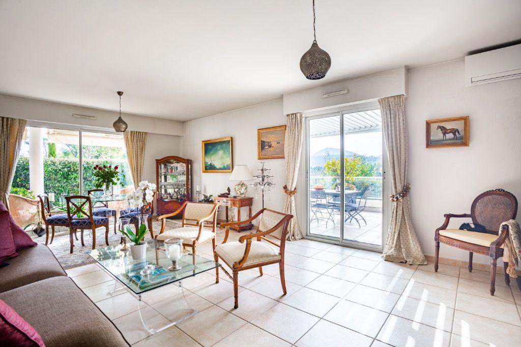 Appartement à vendre 4 100.75m2 à Mandelieu-la-Napoule vignette-4