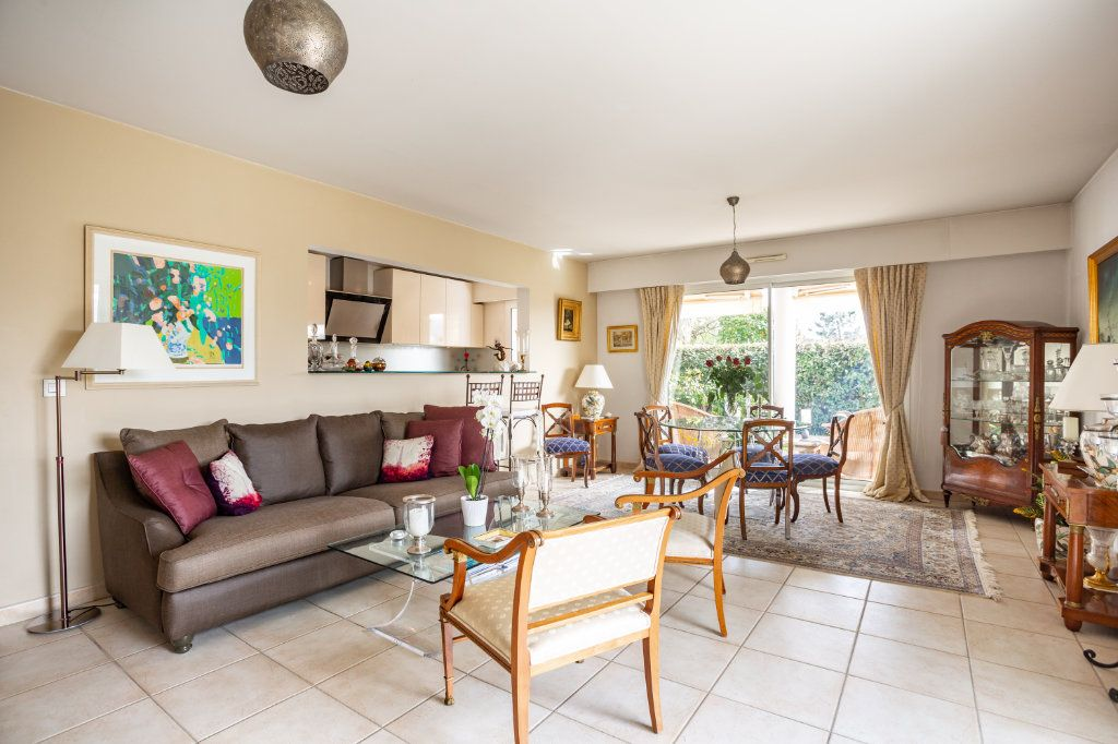 Appartement à vendre 4 100.75m2 à Mandelieu-la-Napoule vignette-5