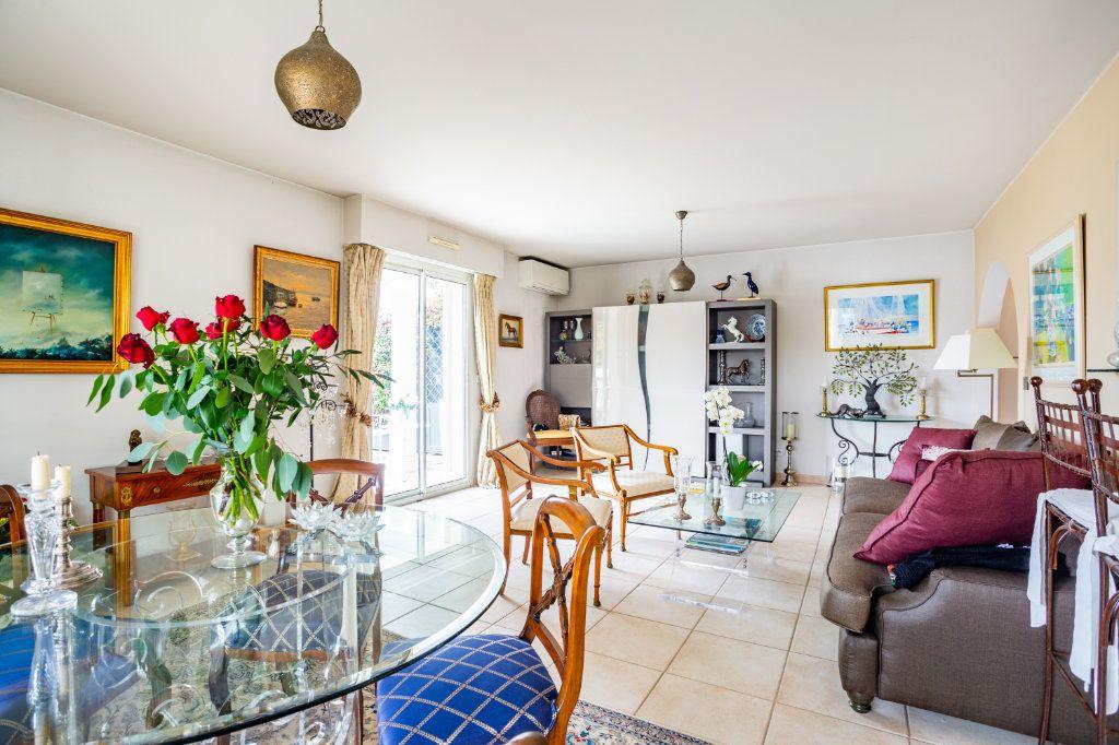 Appartement à vendre 4 100.75m2 à Mandelieu-la-Napoule vignette-6