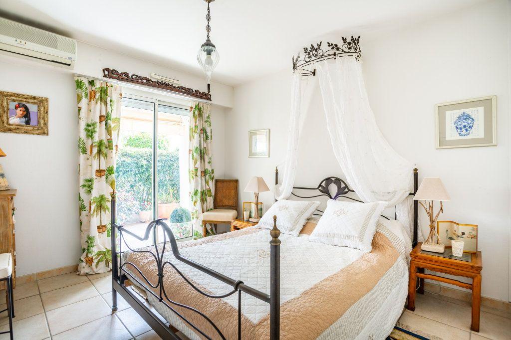 Appartement à vendre 4 100.75m2 à Mandelieu-la-Napoule vignette-8