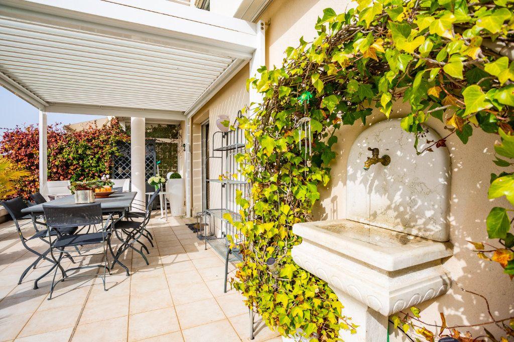 Appartement à vendre 4 100.75m2 à Mandelieu-la-Napoule vignette-10