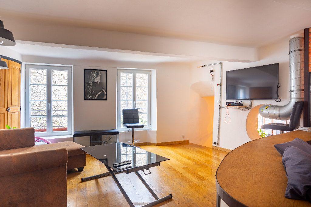 Appartement à vendre 4 122.51m2 à Seillans vignette-5