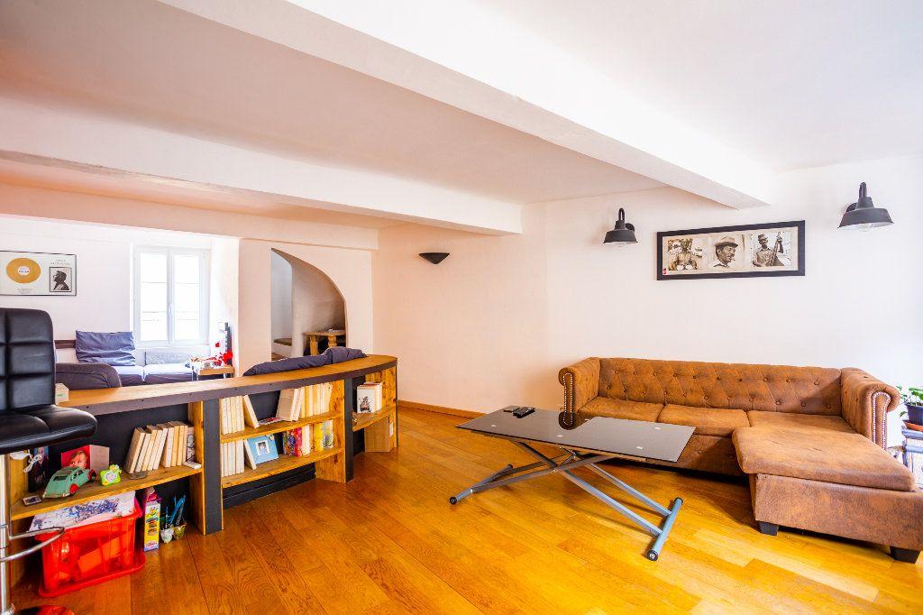 Appartement à vendre 4 122.51m2 à Seillans vignette-6
