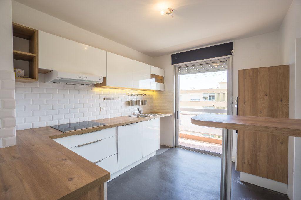 Appartement à vendre 2 48.7m2 à Mandelieu-la-Napoule vignette-5