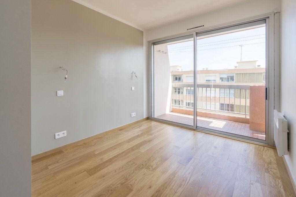 Appartement à vendre 2 48.7m2 à Mandelieu-la-Napoule vignette-6