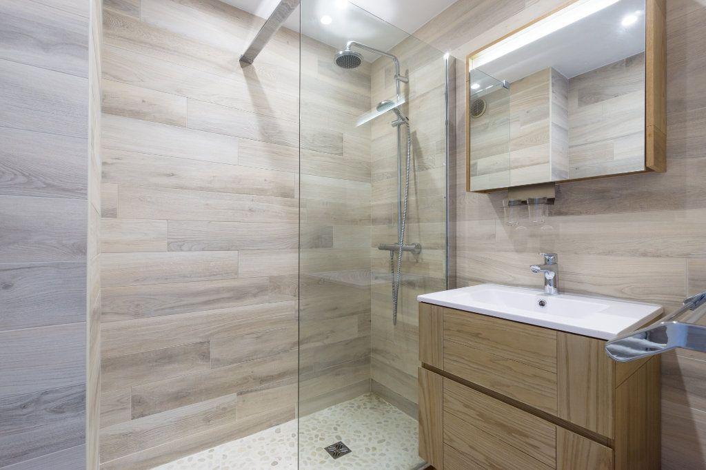 Appartement à vendre 2 48.7m2 à Mandelieu-la-Napoule vignette-7
