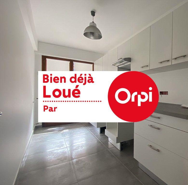 Appartement à louer 3 67.24m2 à Mandelieu-la-Napoule vignette-1