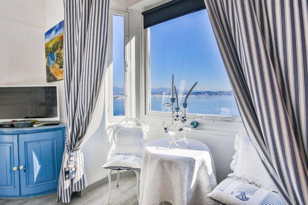 Maison à vendre 7 180m2 à Théoule-sur-Mer vignette-7