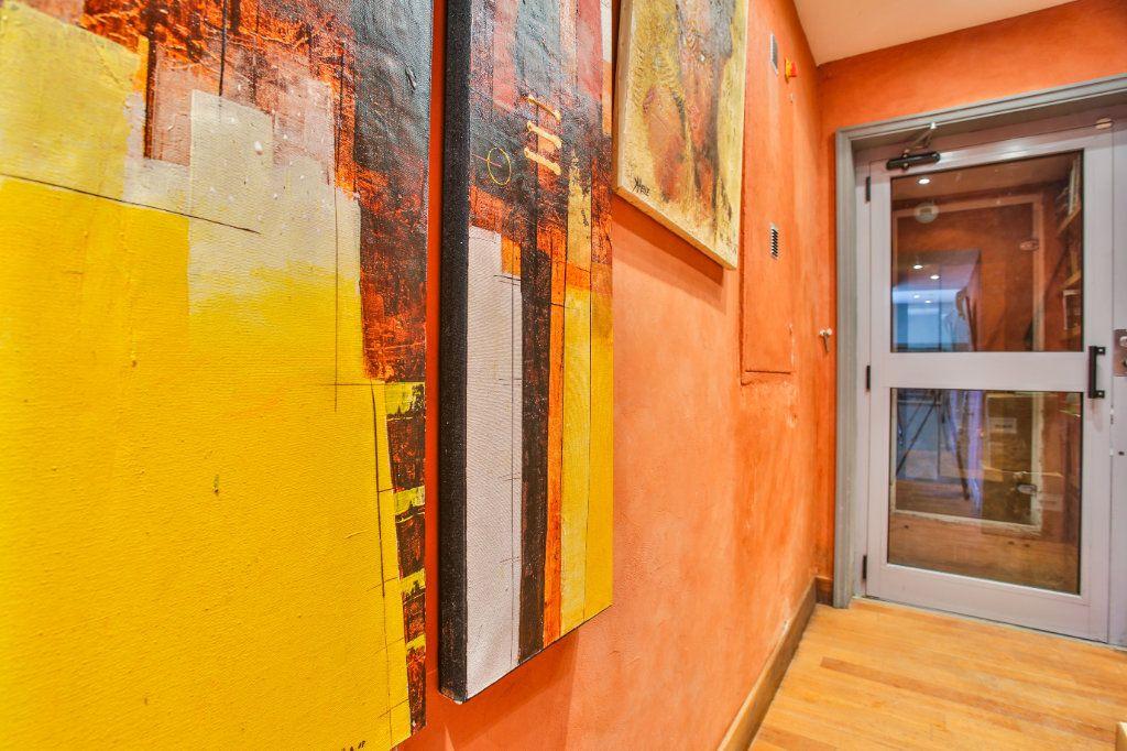 Maison à vendre 7 180m2 à Théoule-sur-Mer vignette-9