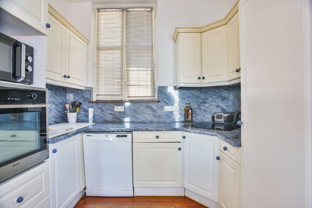 Maison à vendre 7 180m2 à Théoule-sur-Mer vignette-14