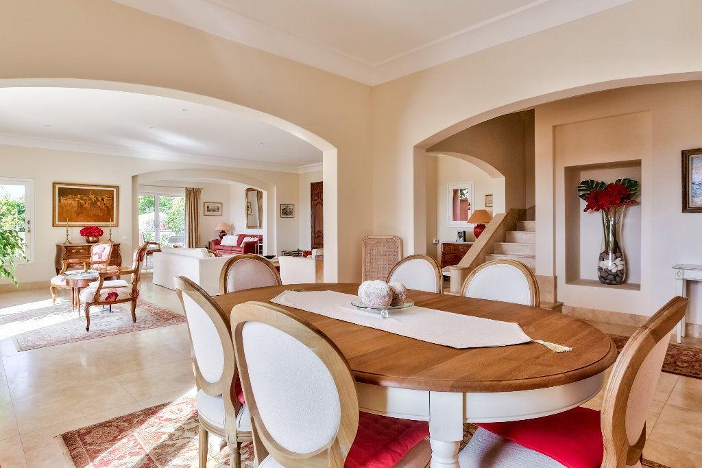 Maison à vendre 6 280m2 à Callian vignette-8