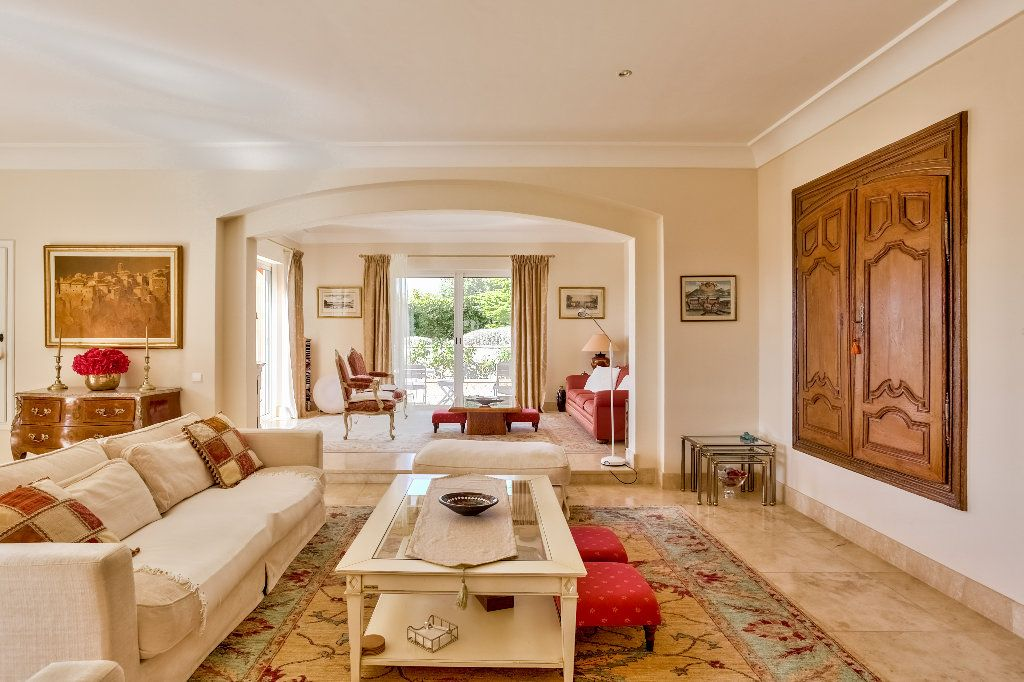 Maison à vendre 6 280m2 à Callian vignette-9