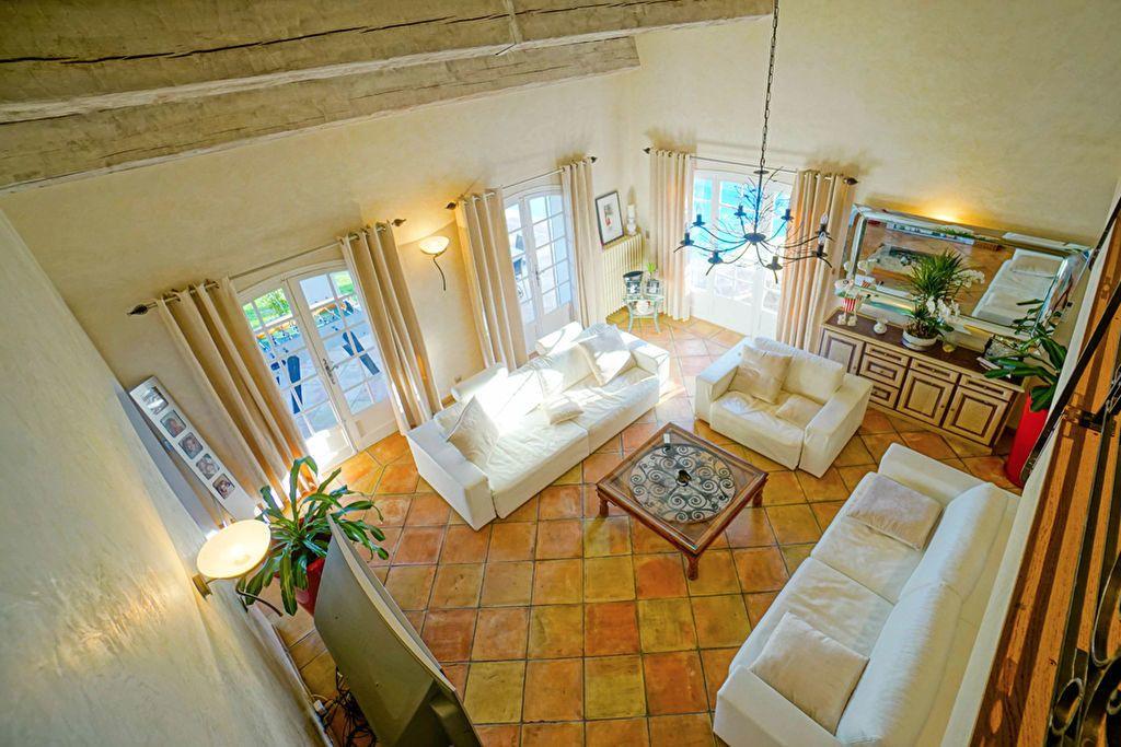 Maison à vendre 6 180m2 à Saint-Raphaël vignette-7