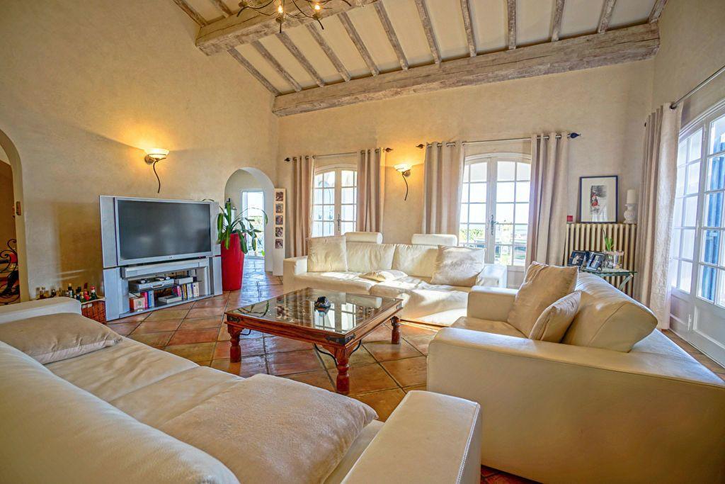 Maison à vendre 6 180m2 à Saint-Raphaël vignette-8