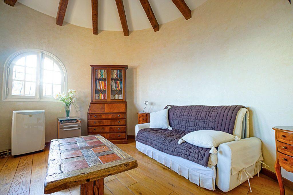 Maison à vendre 6 180m2 à Saint-Raphaël vignette-11