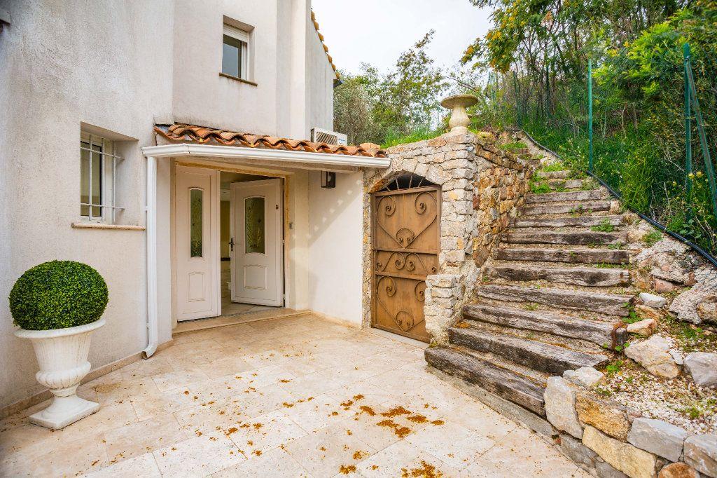 Maison à vendre 9 280m2 à Mandelieu-la-Napoule vignette-6
