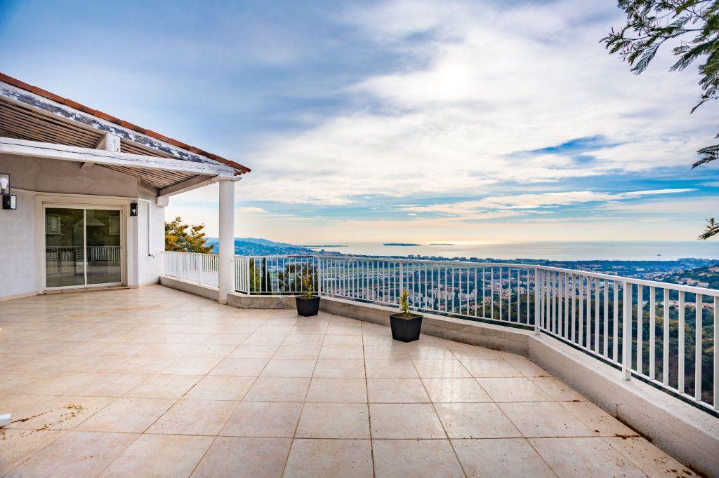 Maison à vendre 9 280m2 à Mandelieu-la-Napoule vignette-10