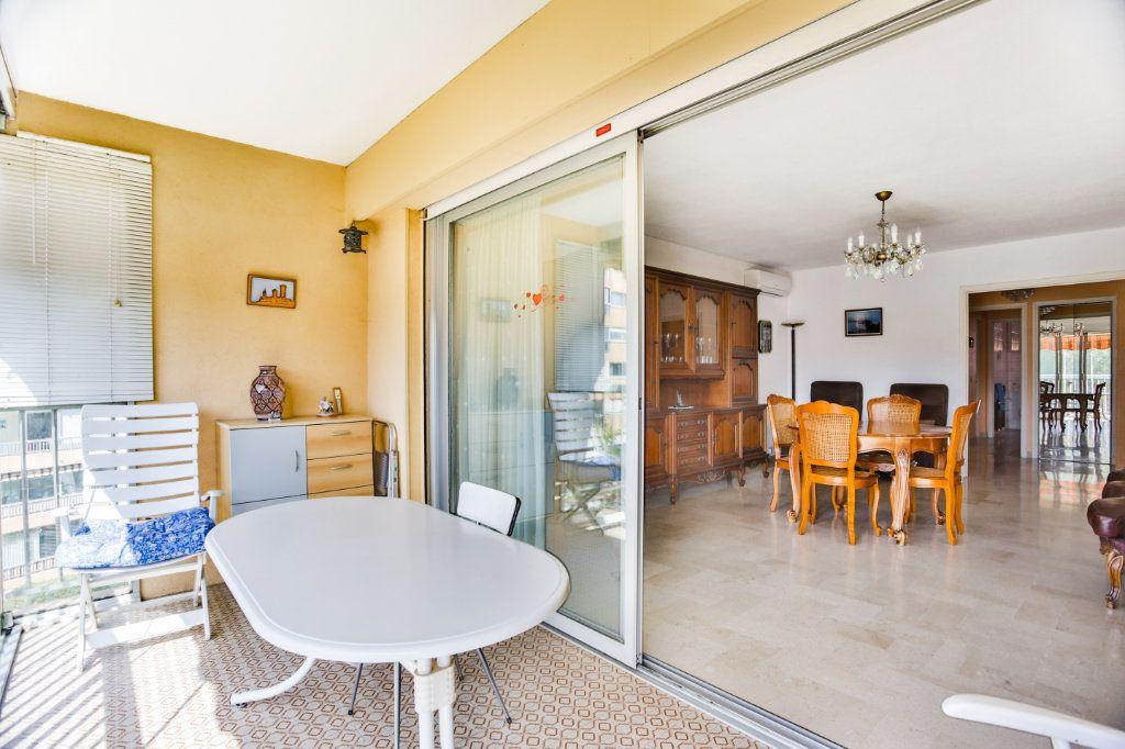 Appartement à vendre 3 69m2 à Mandelieu-la-Napoule vignette-12