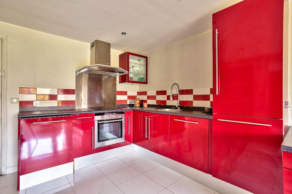 Appartement à vendre 2 41.19m2 à Mandelieu-la-Napoule vignette-2