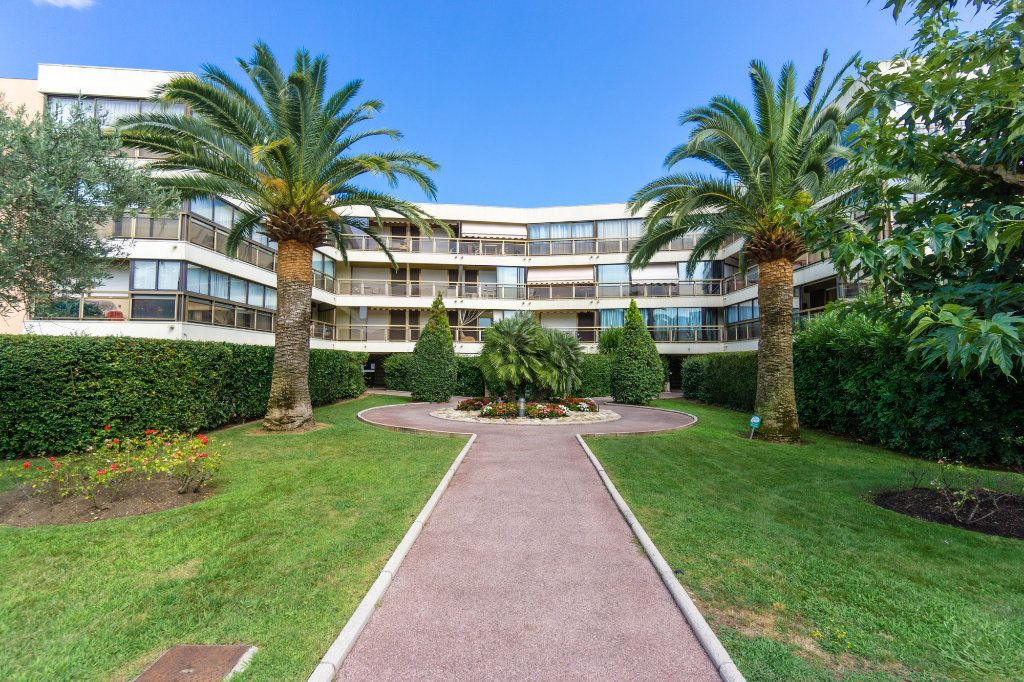 Appartement à vendre 2 41.19m2 à Mandelieu-la-Napoule vignette-9