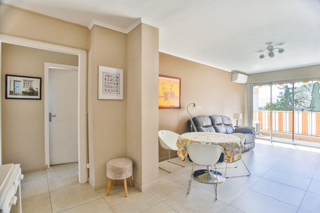 Appartement à vendre 3 65.5m2 à Mandelieu-la-Napoule vignette-1