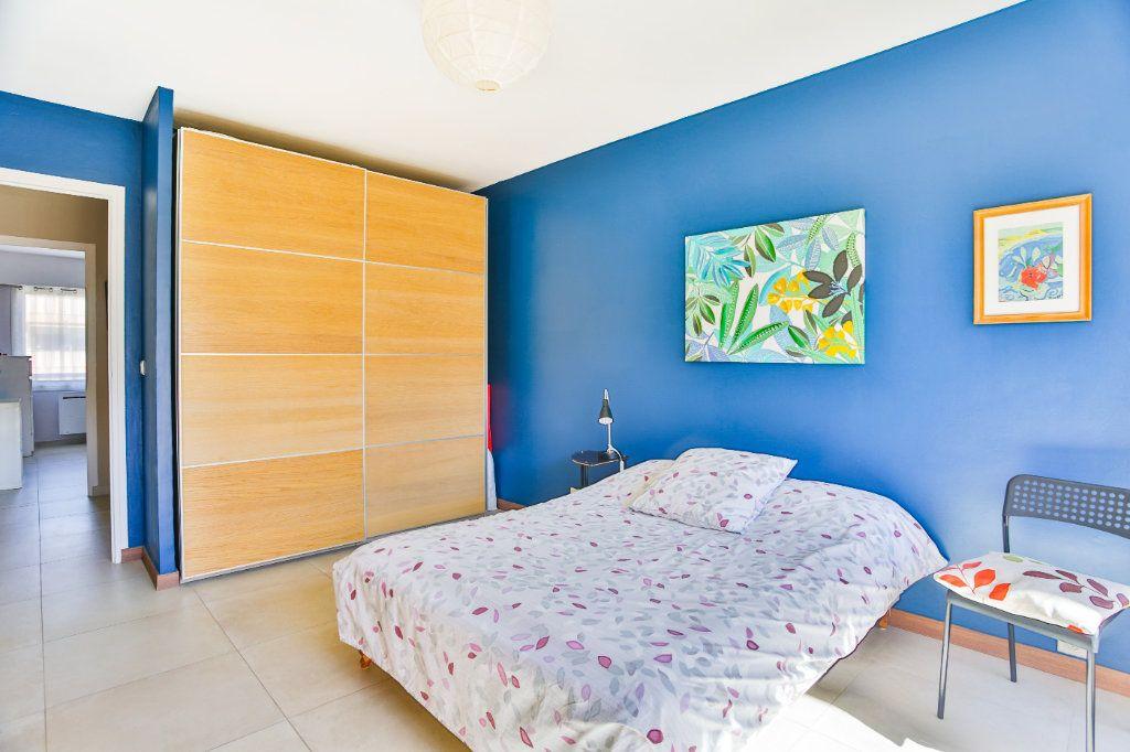 Appartement à vendre 3 65.5m2 à Mandelieu-la-Napoule vignette-7