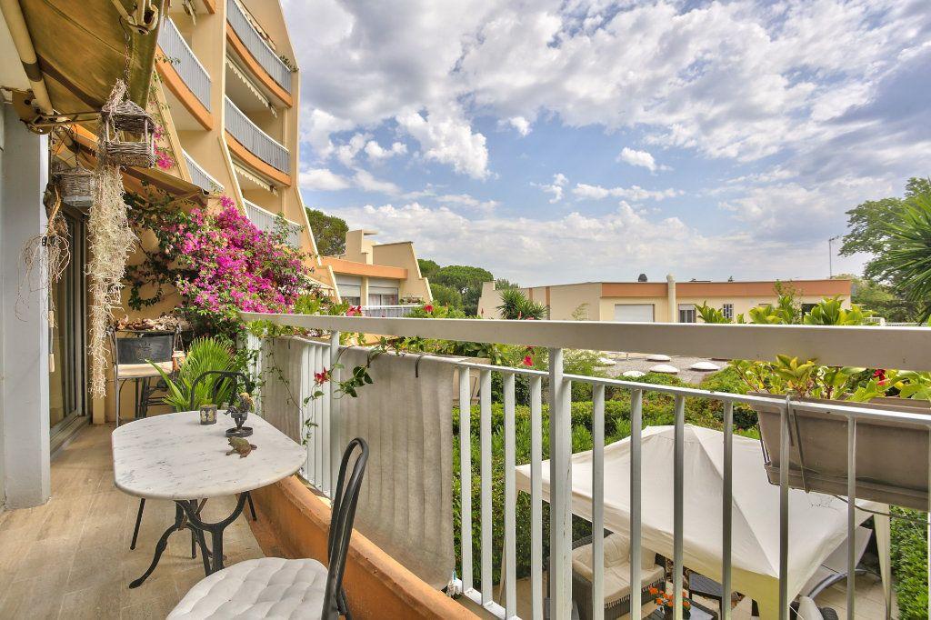 Appartement à vendre 2 43.65m2 à Mandelieu-la-Napoule vignette-1